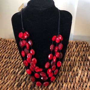 Jewelry - Pretty faceted red beaded multi strand necklace